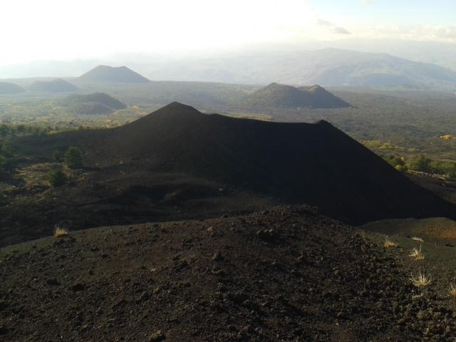 Monti de Fiore e Grotta Intraleo – Etna Ovest – Domenica 30 Novembre 2014