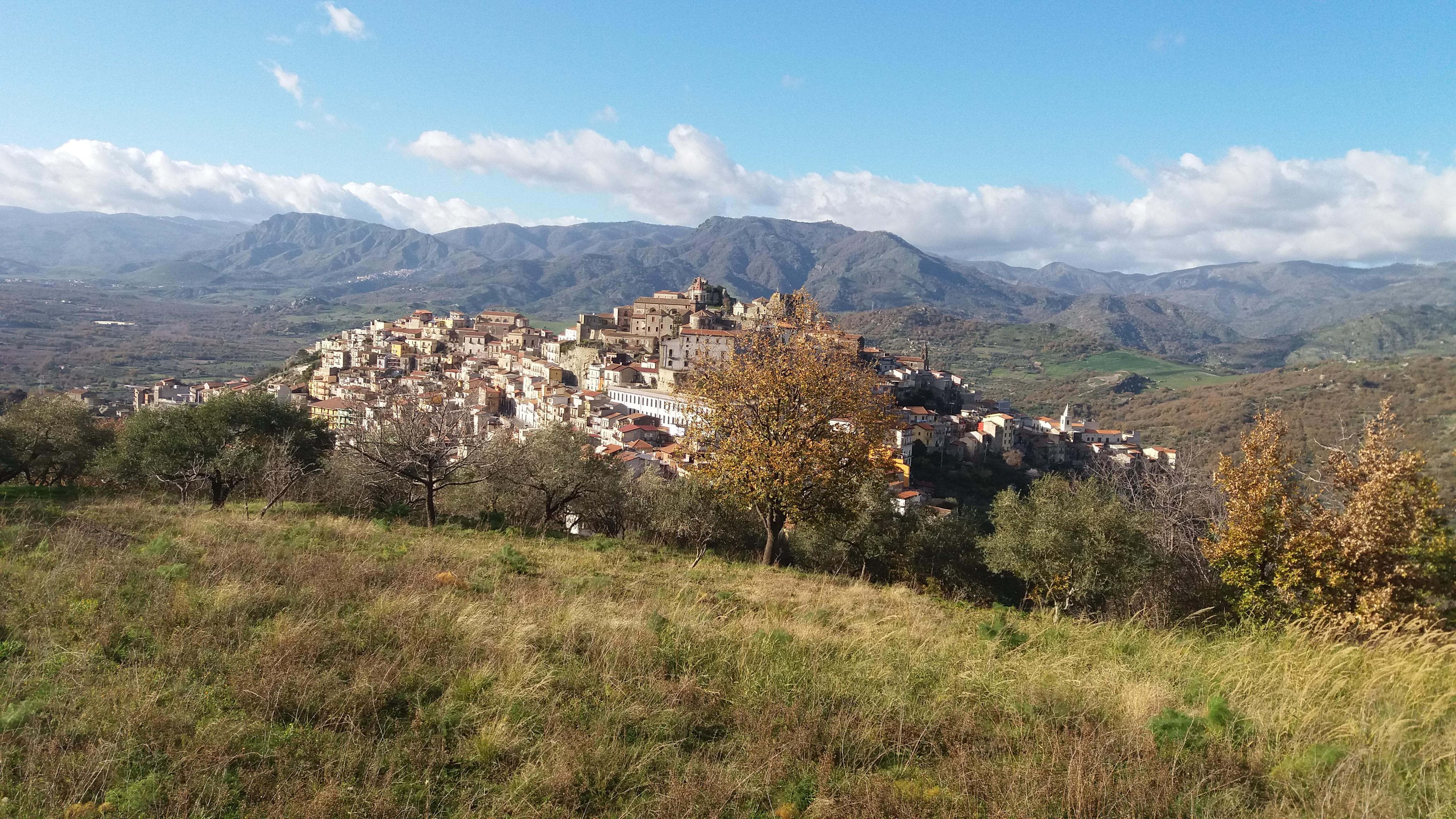 Escursione Ferrovia Dismessa Circumetnea Castiglione di Sicilia – Linguaglossa Domenica 7 Febbraio