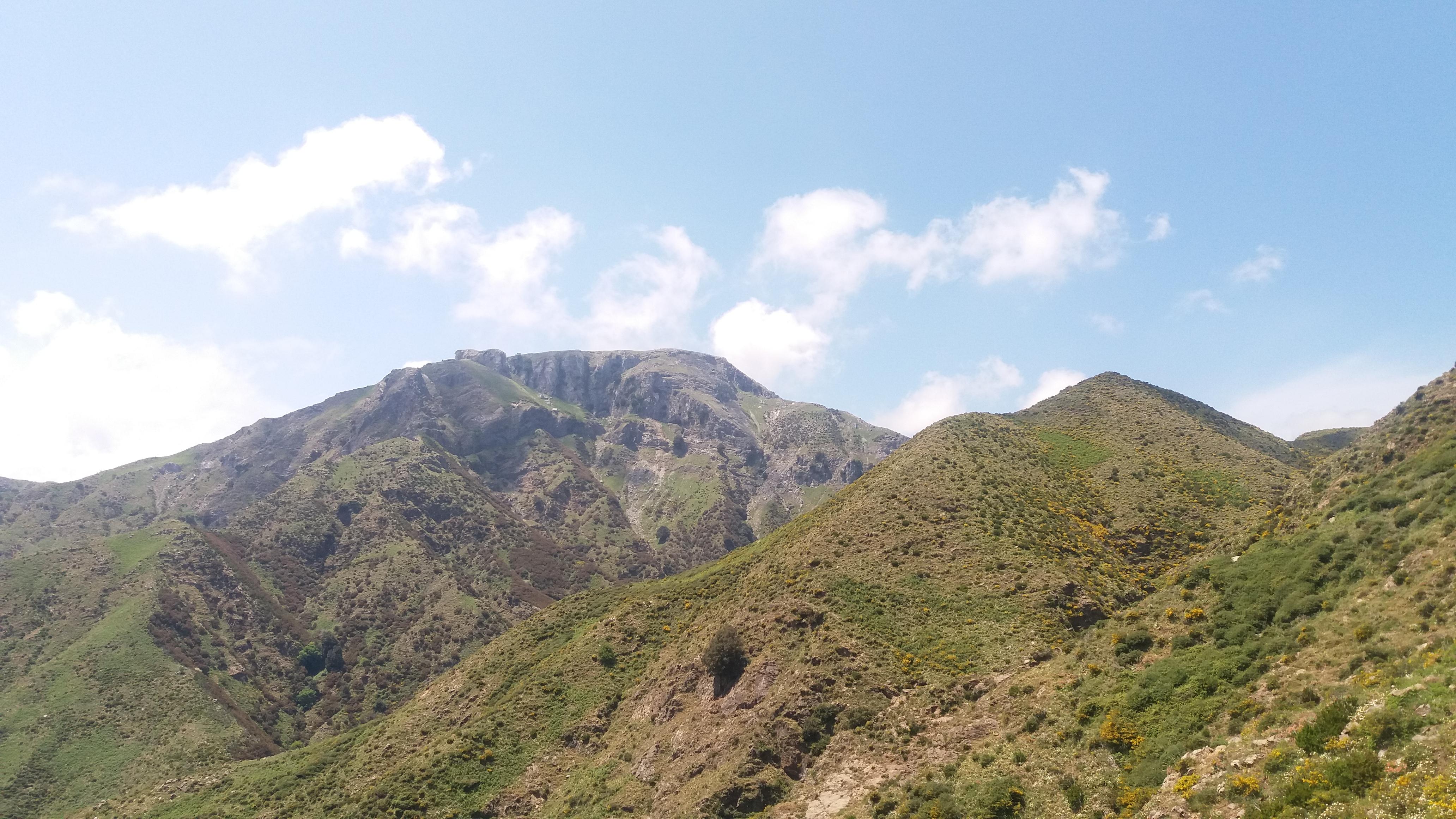 """Monte Scuderi: la montagna che nasconde il tesoro della """" Truvatura"""" – Domenica 15 Maggio"""